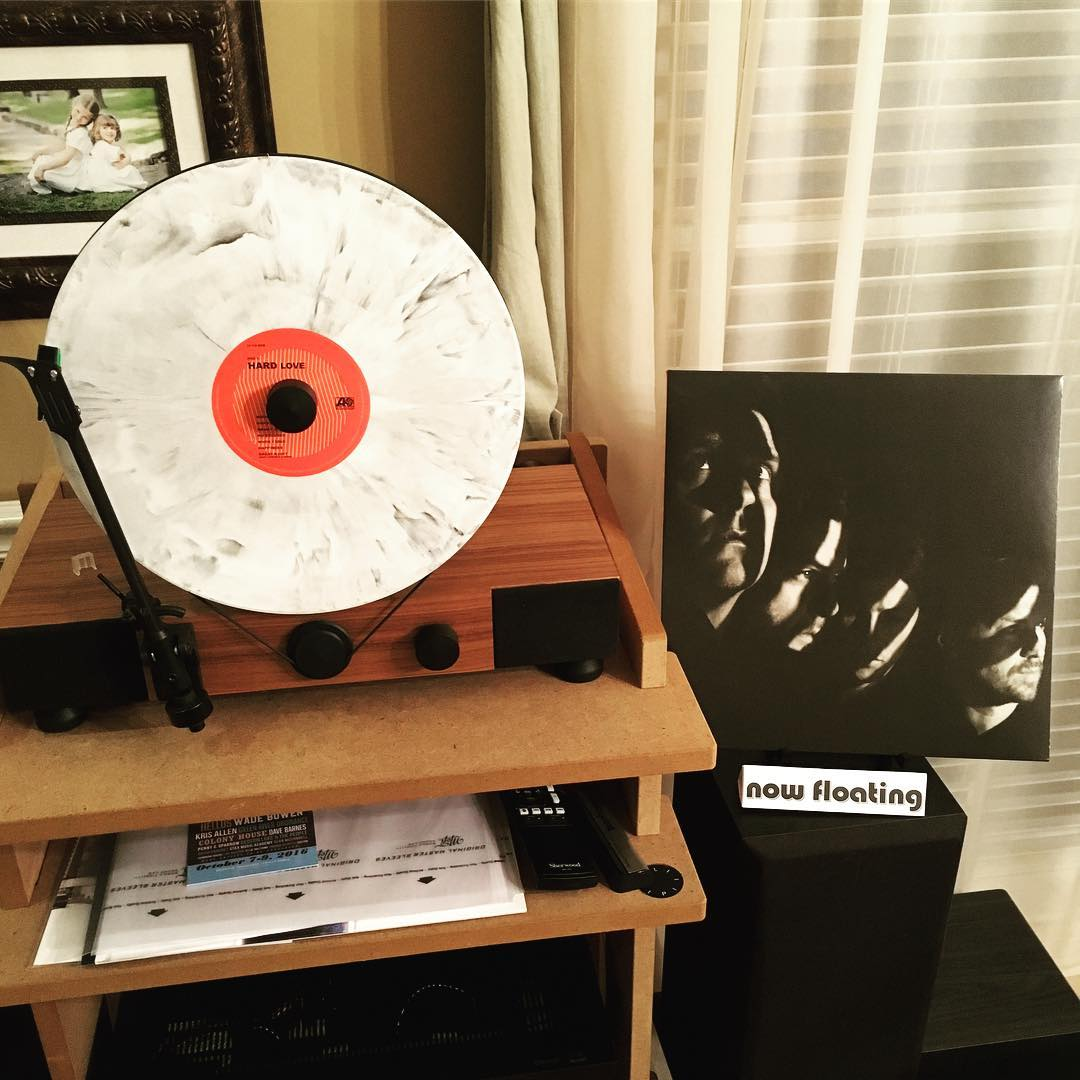"Thrilled to finally have the new @needtobreathe album ""HARD LOVE"" on white & black marbled #vinyl. As always it looks even better on my @gramovox floating record player. #nowfloating #music"