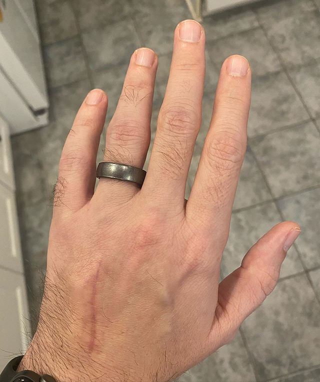 "Have a wedding band on my finger for the first time since Jan 2. This ""temporary"" one is double the size of my original that I wore for more than 22 years without taking it off. #weddingband #family"